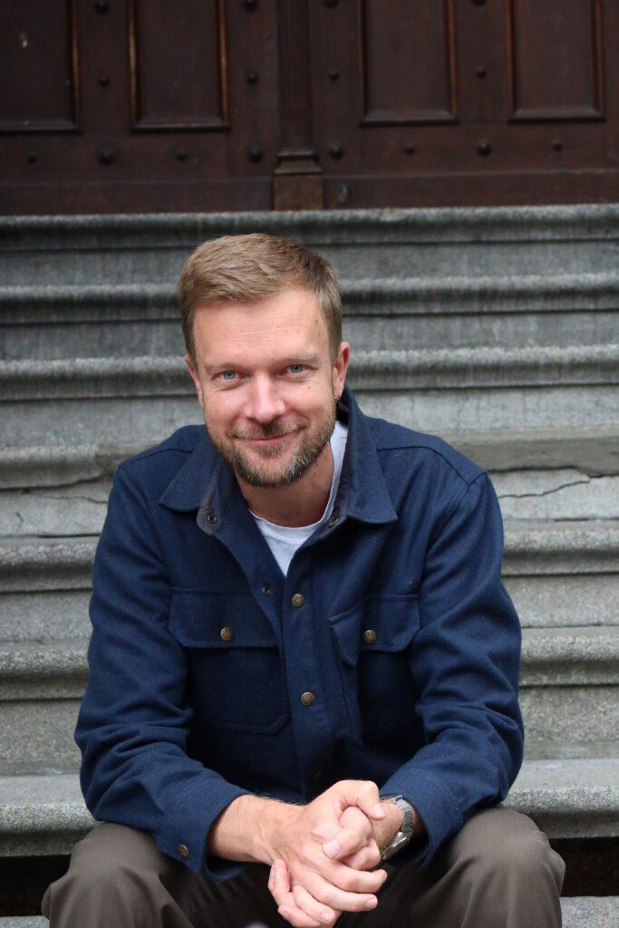 Thorkil Jacobsen Direktør Kontakt: Info@literaturhaus.dk